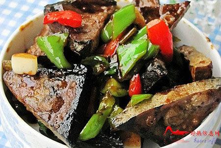qjccdf 徽菜:青椒炒臭豆腐